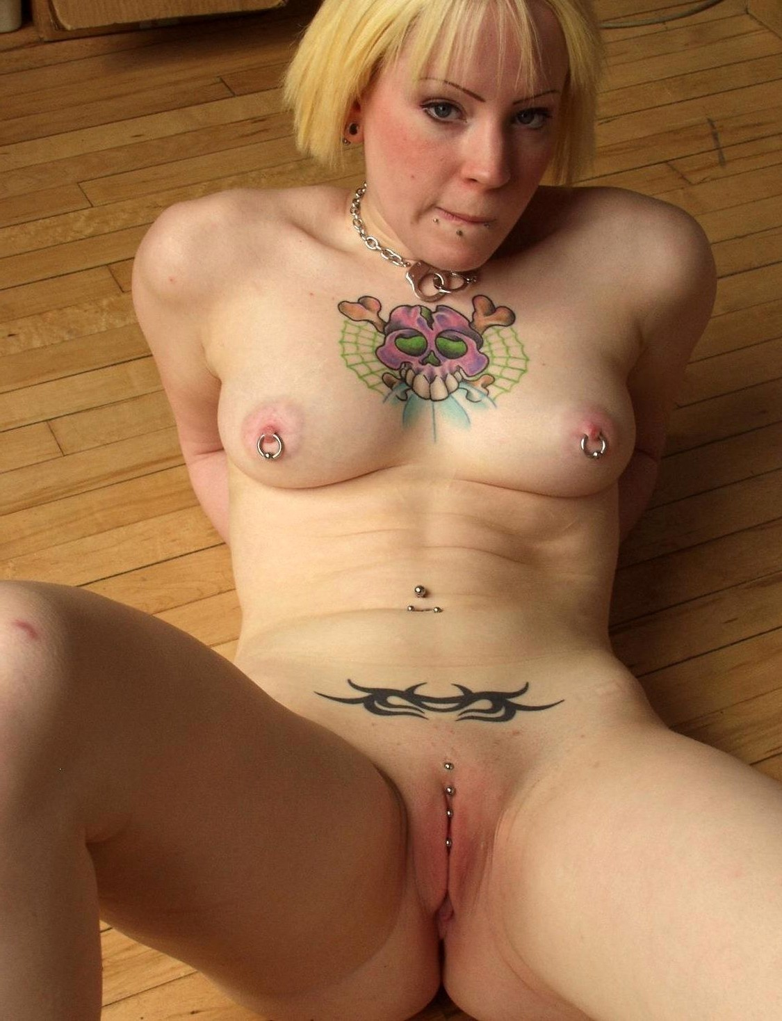 nude-amatuer-women-with-tattoos-nude-virgins-spread-wide