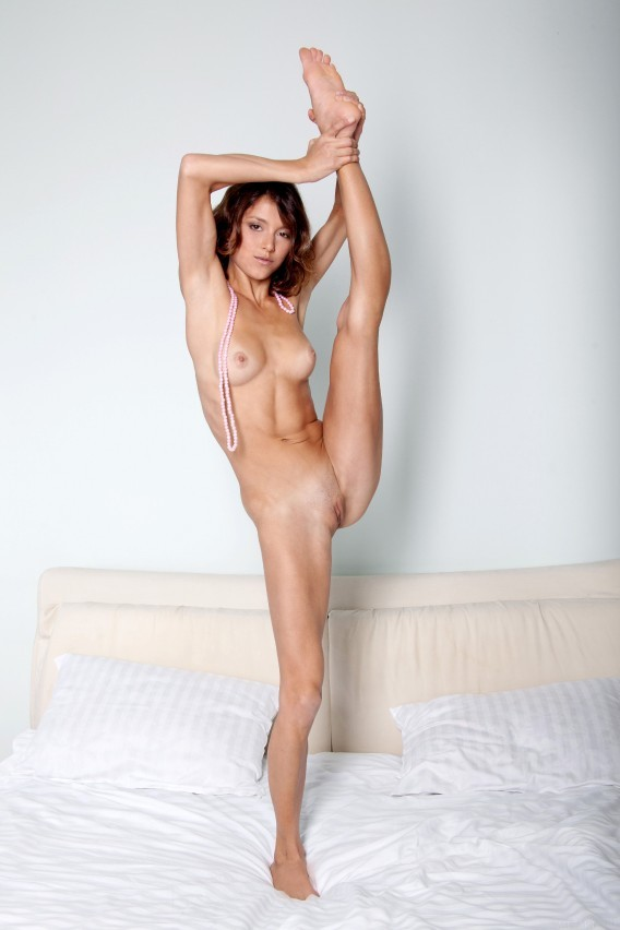 Perfect-Stretching-Vertical-77.jpg