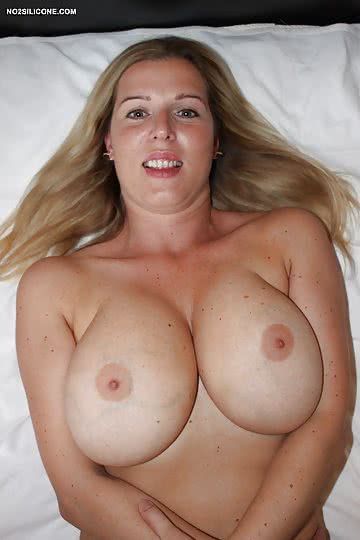 moms-with-big-tits-amateur-4.jpg
