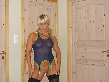 athletic-milf-146.jpg