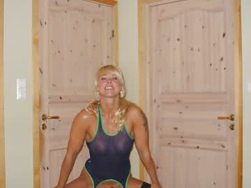athletic-milf-147.jpg