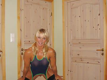 athletic-milf-148.jpg
