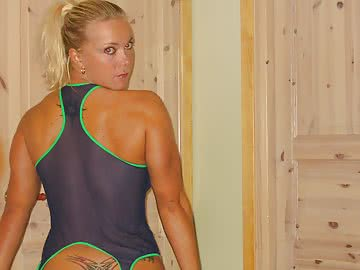 athletic-milf-152.jpg