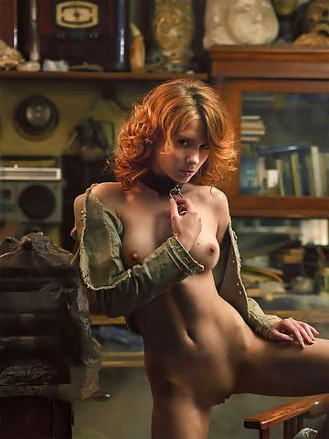 professional-russian-photographer-pavel-kiselev-captures-sensual-nsfw-female-pictures-33.jpg