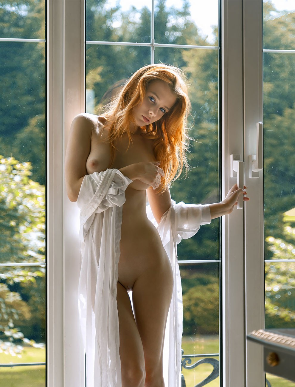 professional-russian-photographer-pavel-kiselev-captures-sensual-nsfw-female-pictures-34.jpg