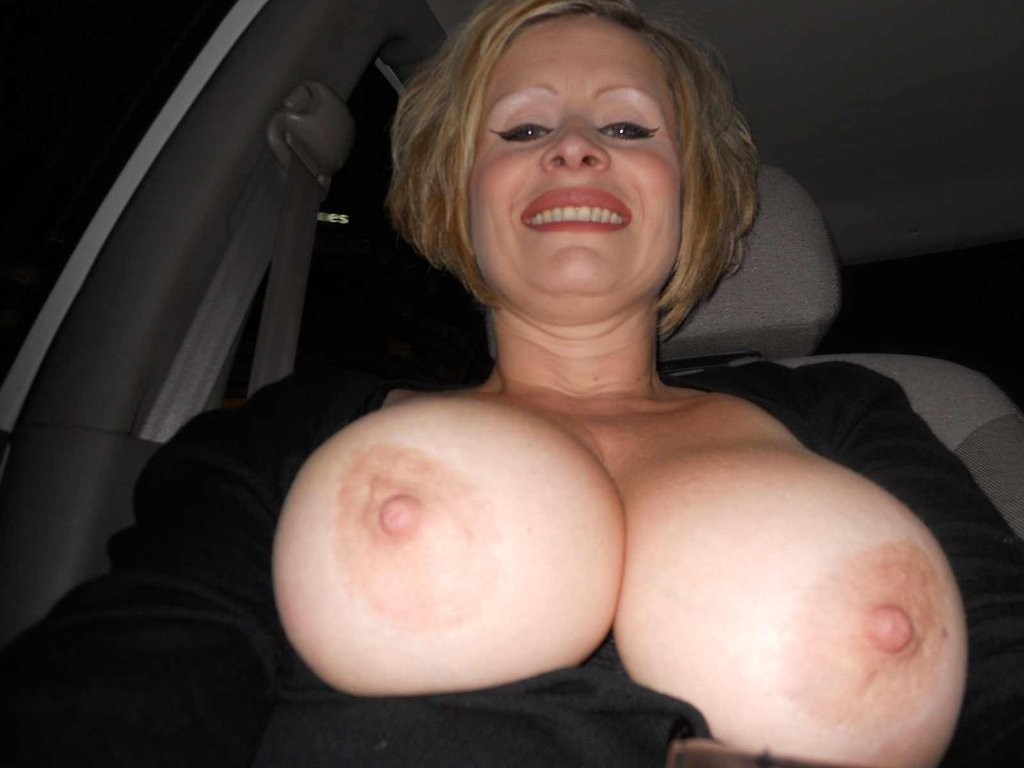 lusciousnet_tits_out_in_the_car_417339241.jpg