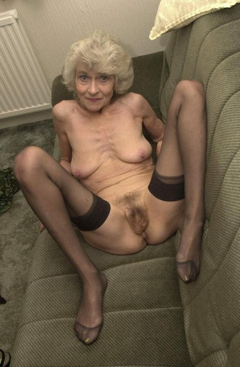 Old Granny Whore Cums To Play Great British Amateur Porn