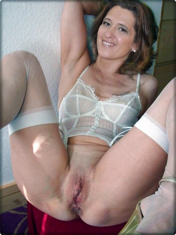 Mom-Show-Me-Your-Nylons-9-9.jpg